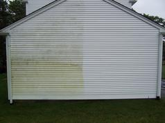 Cleaning Vinyl Siding the proper way